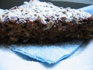 IMG 7387 resize 300x225 Prăjitură cu mere (de post)