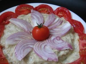 img 7266 resize 300x225 Mutabal (salată de vinete arăbească)
