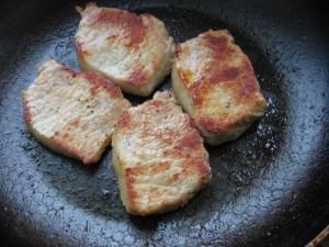 IMG 8546 resize 300x225 Muşchi de porc cu sos de muştar