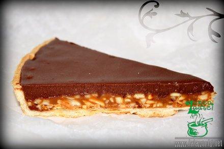 Tarta cu caramel migdale si ganache de ciocolata Tarta cu caramel, migdale si ganache de ciocolata